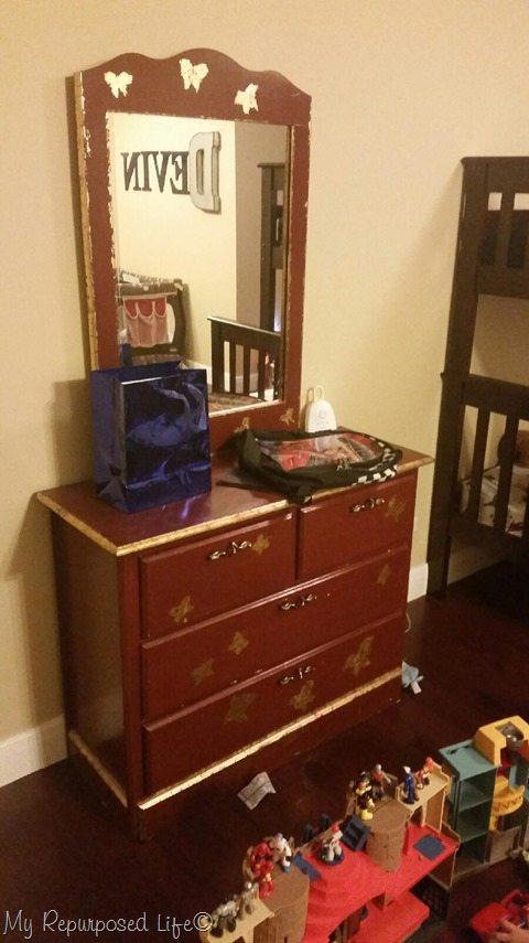 dana's dresser