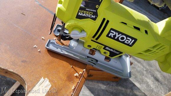 jigsaw-furniture-cutting