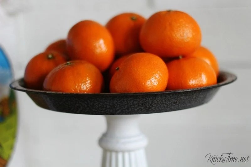 How to turn a pie plate into a pedestal stand Knick of Time for MyRepurposedLife.com