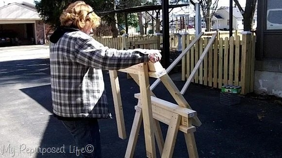 easy diy 2x4 stacking sawhorses MyRepurposedLife.com