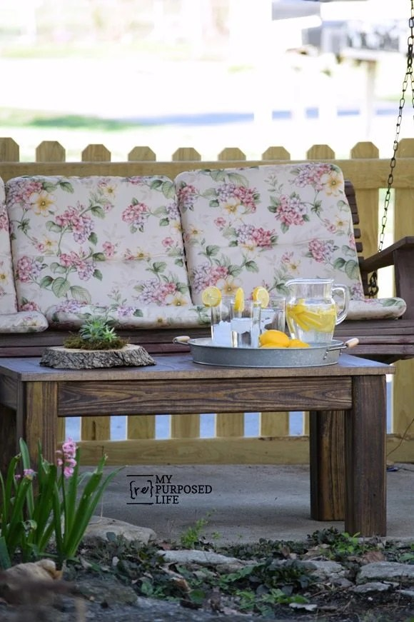 pottery barn knockoff outdoor coffee table MyRepurposedLife.com