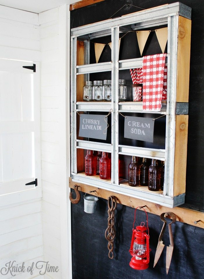 How to repurpose a metal pallet into fun, inustrial style wall shelves - KnickofTme.net