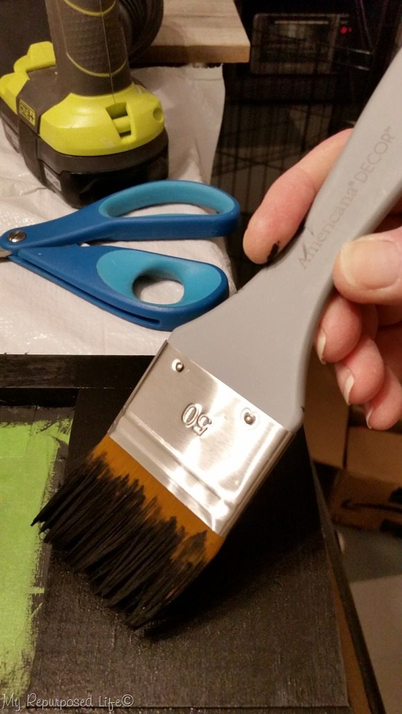 americana decor paint brush