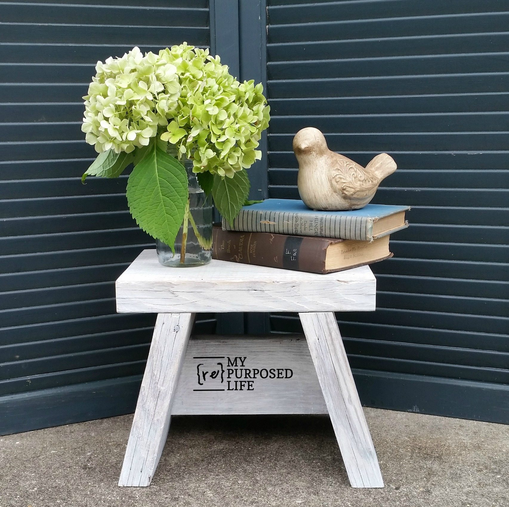 Enjoyable Small Step Stool Easy One Board Project My Repurposed Creativecarmelina Interior Chair Design Creativecarmelinacom