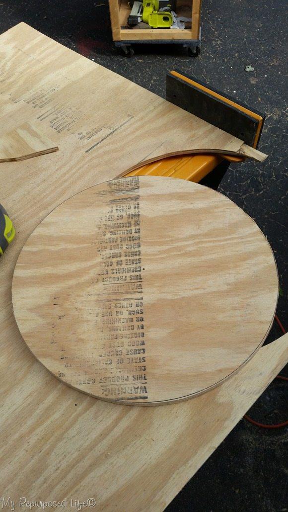 jawhorse holds plywood