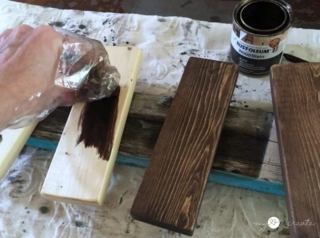 staining wood for trivits