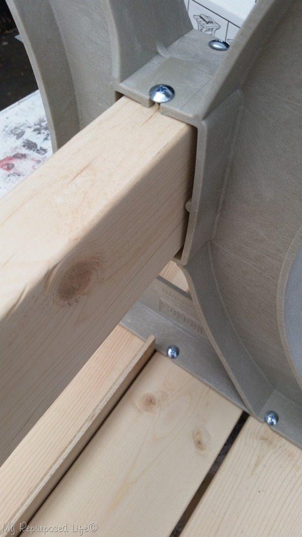 easy 2x4 farmhouse bench
