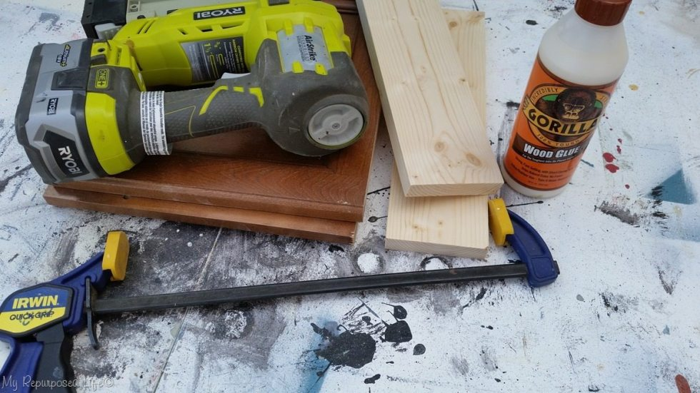 tools for a cabinet door bench