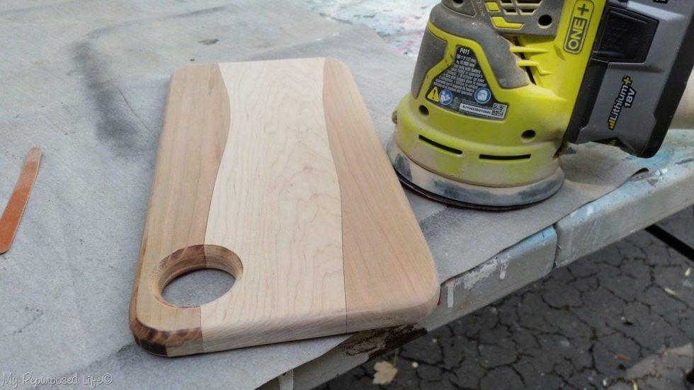 diy cutting board after sanding corner