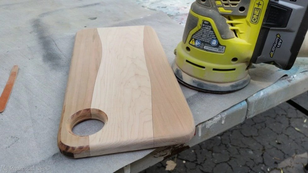 diy cutting board after sanding corner