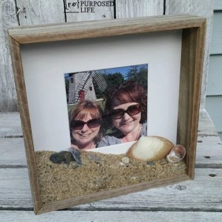 display vacation photo and keepsakes from the beach in a diy rustic shadow box from MyRepurposedLife