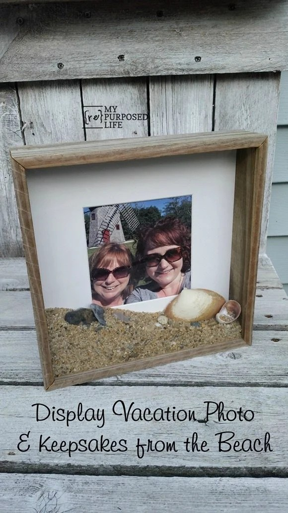 display vacation photo and keepsakes from the beach MyRepurposedLife.com