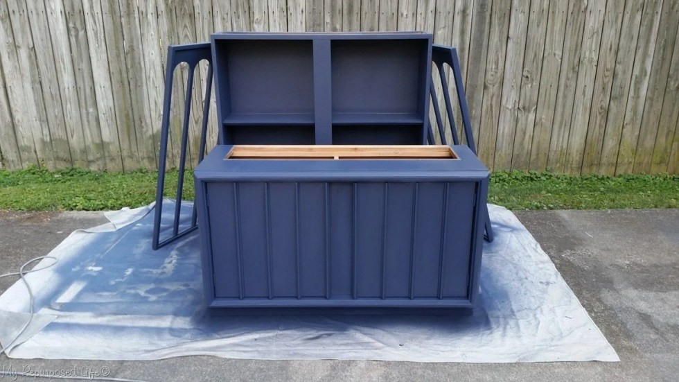 navy blue mid century modern hutch makeover (2)