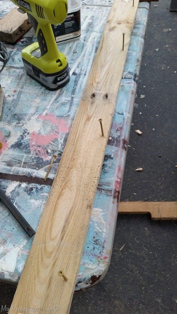 back ledge pallet potting table