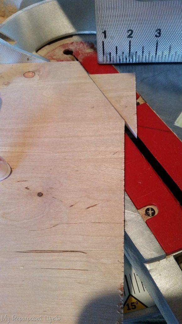 cut octagon tray corners on miter saw