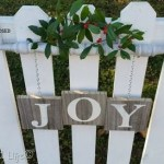 Wooden Spindle Sign For Christmas