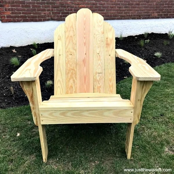 build-wood-adirondack-chair
