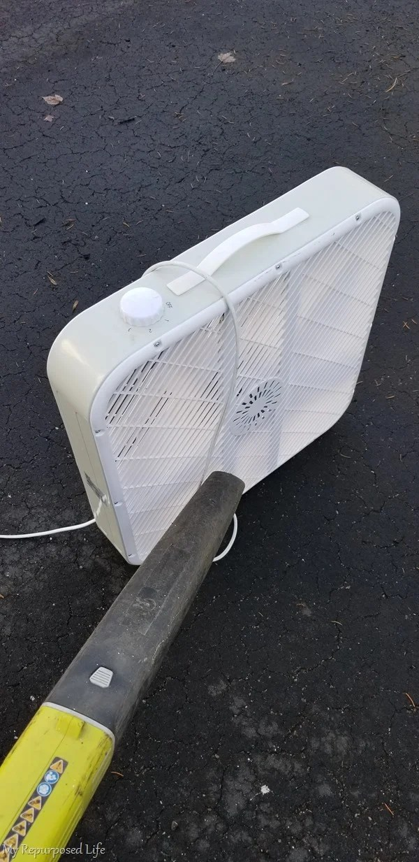 clean box fan with leaf blower