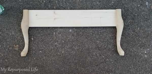 attach queen anne table legs to cross board