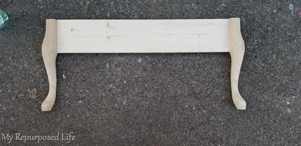 attach queen anne table legs to cross board