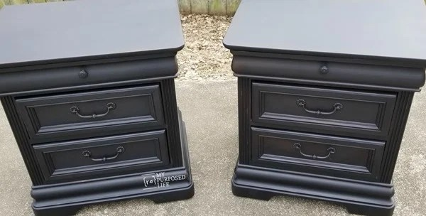 pair of painted vintage black nightstands MyRepurposedLife
