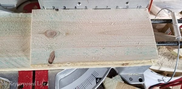 cut fence boards on miter saw at 5°