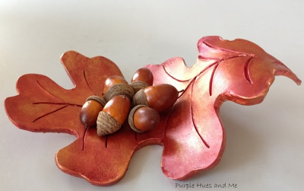 raised oak leaf dish