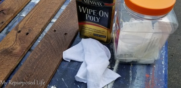 wipe on poly-rag-gloves