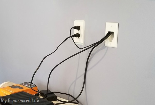 hide the media wires in the wall (1)
