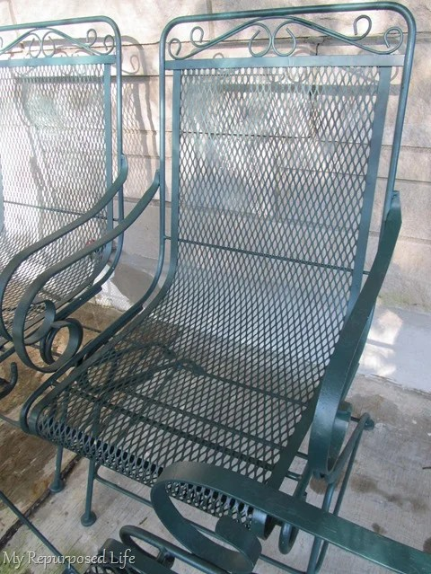 spray paint metal lawn furniture