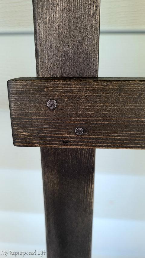 use nails to make farmhouse ladder