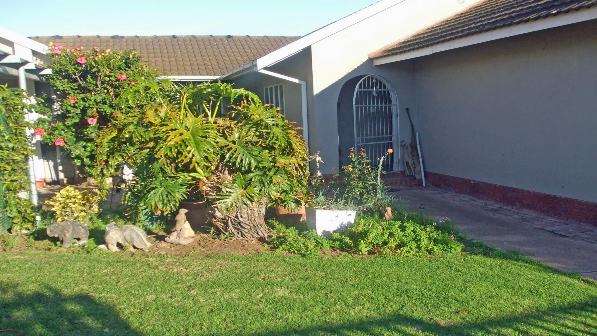 4 Bedroom House For Sale For Sale In Vredenburg Private Sale MR144801 MyRoof