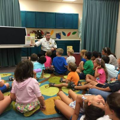 Start 2016 with story times at Chapin Memorial Library!