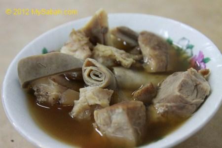 Bah Kut Teh (肉骨茶)