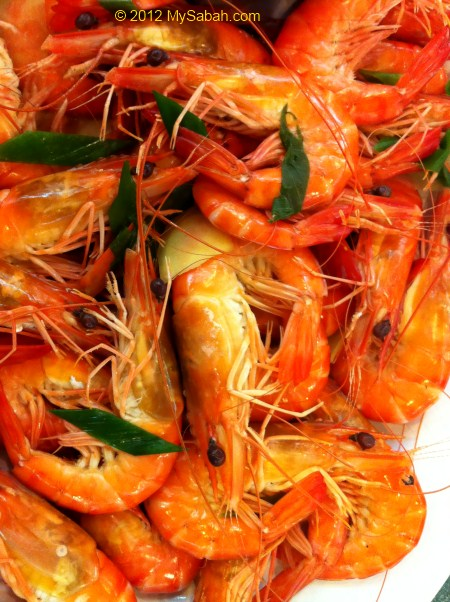 Boiled shrimp (白灼虾)