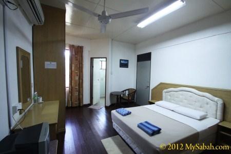 standard room of IPS (Institut Perhutanan Sabah)
