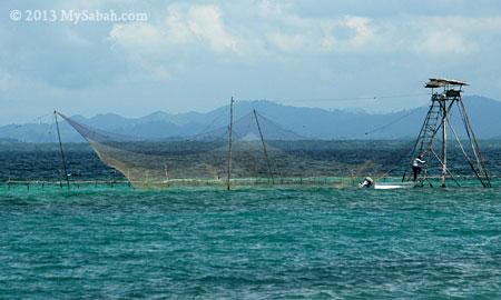 Selambau fishing structure
