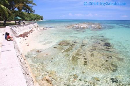 rocky beach of Bak-Bak Beach