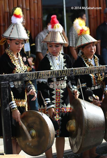 Kadazan Papar girls playing gong