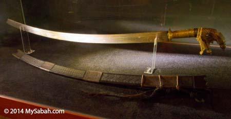 headhunting sword