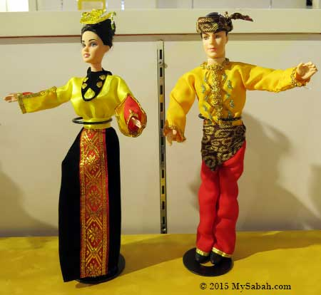 dolls of Bajau Sama couple
