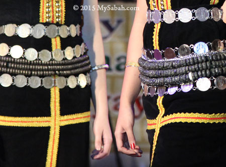 tangkong of Kadazan girls