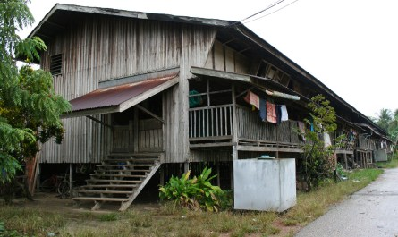 Modern Kudat longhouse