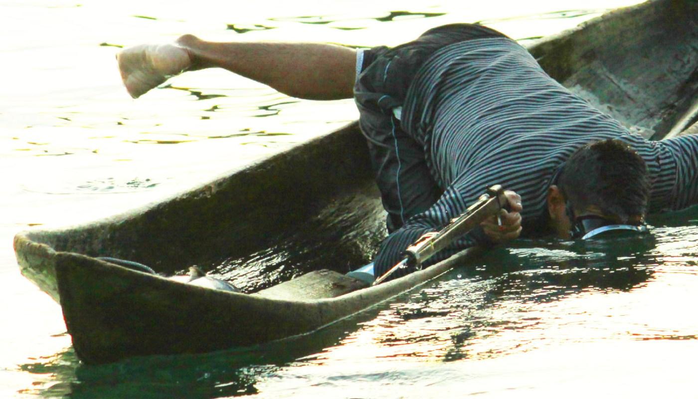 Speargun fishing