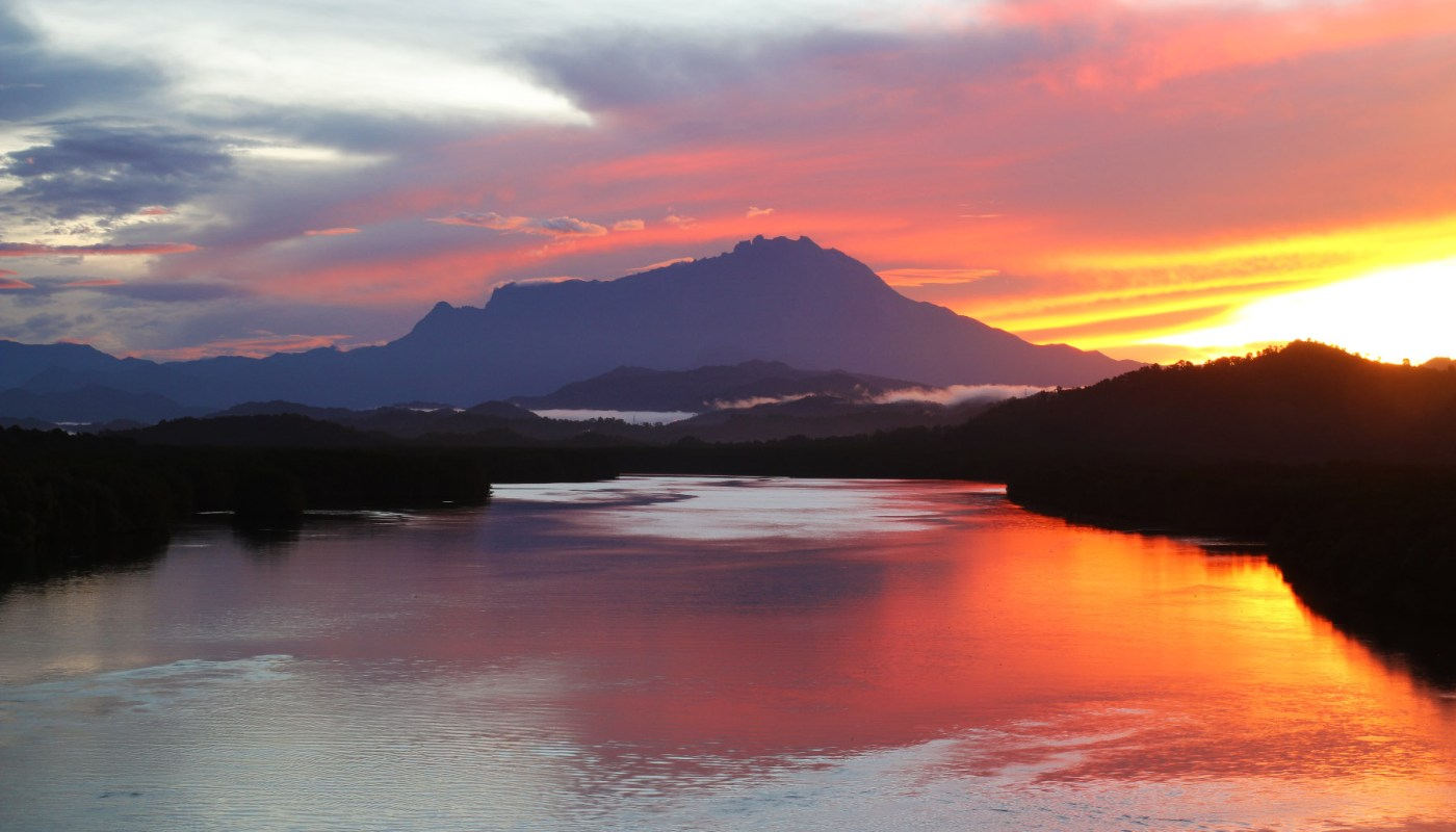 sunrise at Mengkabong Bridge
