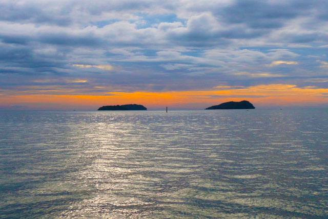 Island Sunset Cruise off Kota Kinabalu City