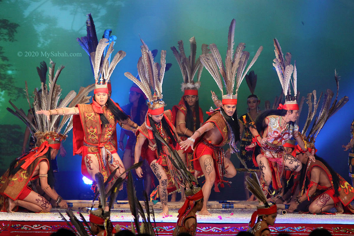 Murut warrior dance