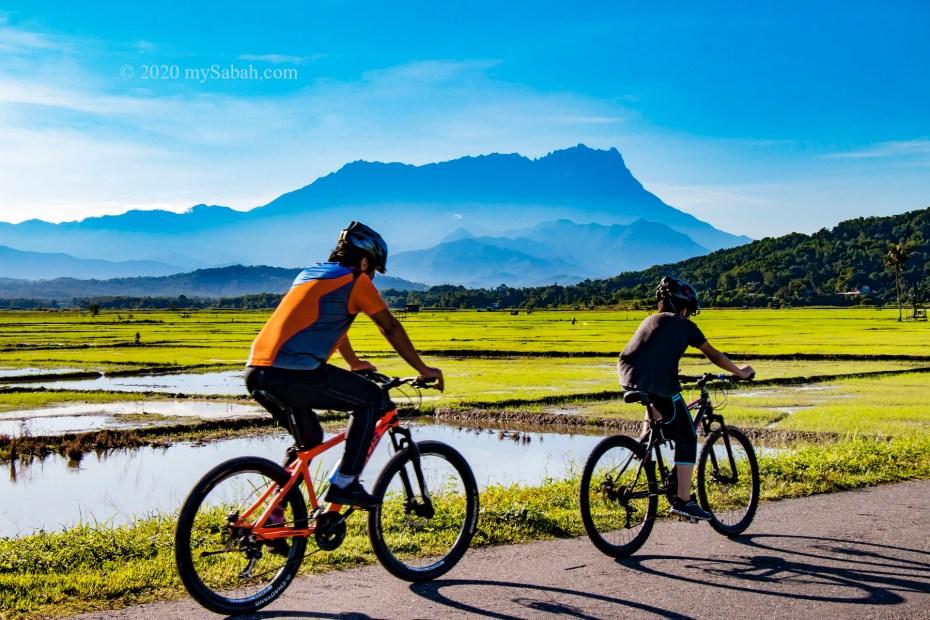 Cycling at Tempasuk Plains