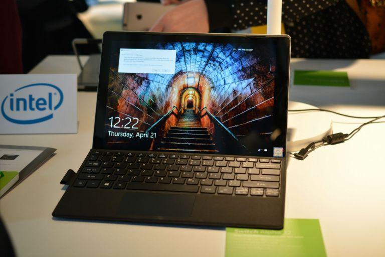 Harga-Laptop-Acer-Switch-Alpha-12-2 Review Harga Laptop Acer Switch Alpha 12 dan Spesifikasinya