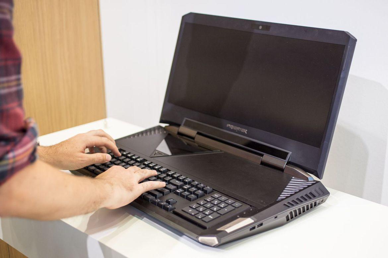Acer-Predator-21-X-body Acer Predator 21 X, Laptop Gaming Tangguh 21 inch Bobot 8 Kilo